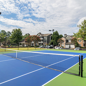 Bell Kennesaw Mountain apartments tennis court